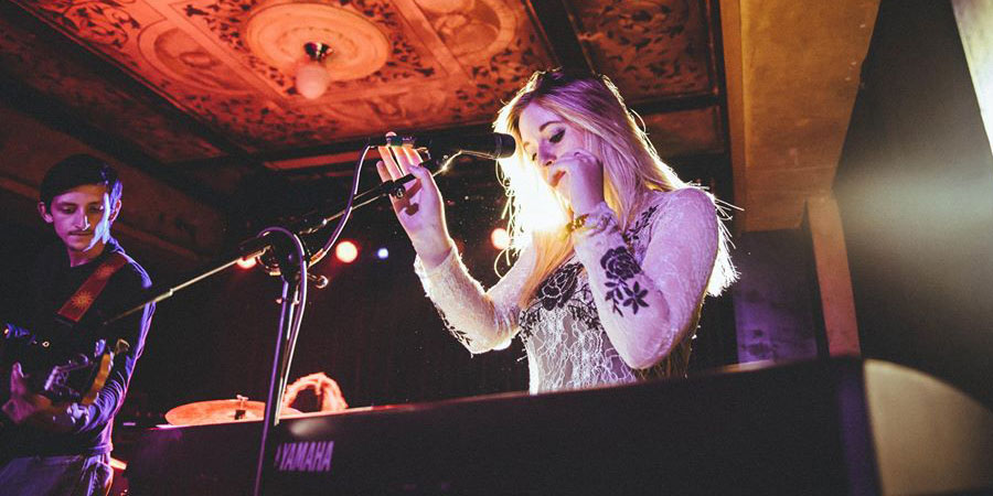 Travel Profile: Molly Portier of Blonde Roses