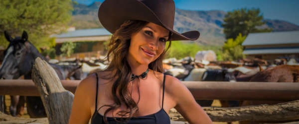 Travel Profile: Debbe Dunning